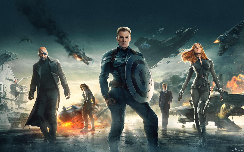 所以知道黑寡妇也是从漫威的电影里知道的,从钢铁侠2到复仇者联盟,黑